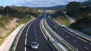 De autosnelweg A8 tot Oviedo ,klaargekomen.